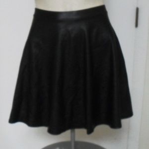 NWOT Black Poly Leather like Mini Skirt Sz  Lg
